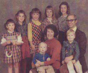 Cerita Moore Hewett Family